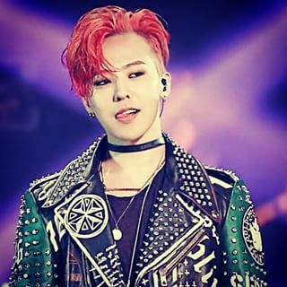 Jiyong oppa with red hair *,*
