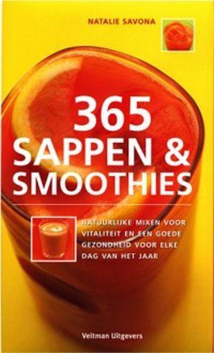 """365 natuurlijke mixen en sappen voor een goede gezondheid en levenskracht. Iedereen weet dat niets gezonder is dan pure verse sapjes en mixen. Elke dag een andere mix. Een geweldige gids met tips en adviezen van de voedingsdeskundige Natalie Savona. Het drinken van een zelfgemaakte mix zou een dagelijkse gewoonte moeten worden net zoals tandenpoetsen en douchen. Zonder deze """"vitamineshots"""" moet je het huis niet uitgaan..."""