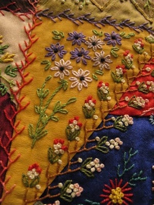 daisies and seam embellishment by Gerlinde Hruzek...
