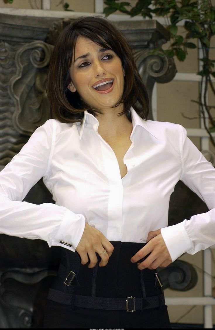 foto de 545 best celebrity images on Pinterest Satin blouses