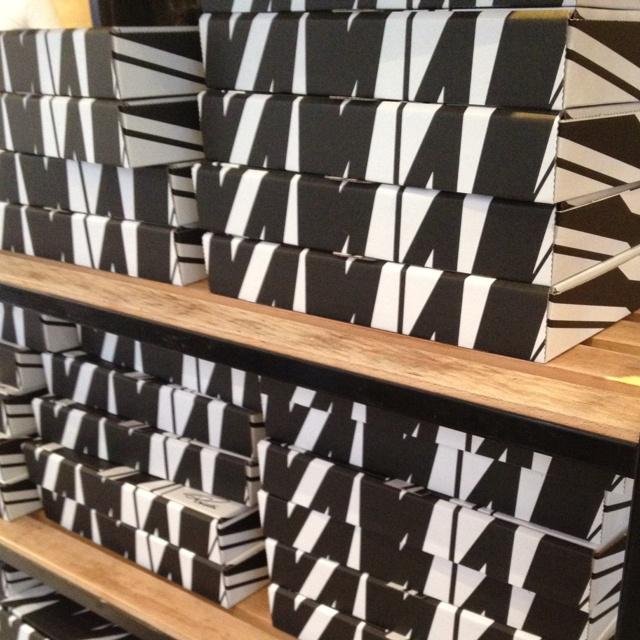 Striped pizza boxes at Princi