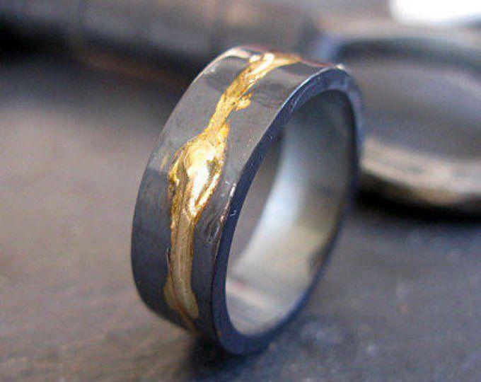 6mm Mens Wedding Ring Black Gold Ring Rustic Mens Wedding Etsy Mannen Ringen Trouwringen Sieraden