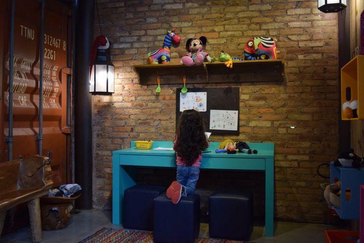 Gramado e Canela - Onde ir com crianças?  Containner Bistrot em Canela  #viagemcomcrianças #gramadoecanela #serragaucha #espaçokids