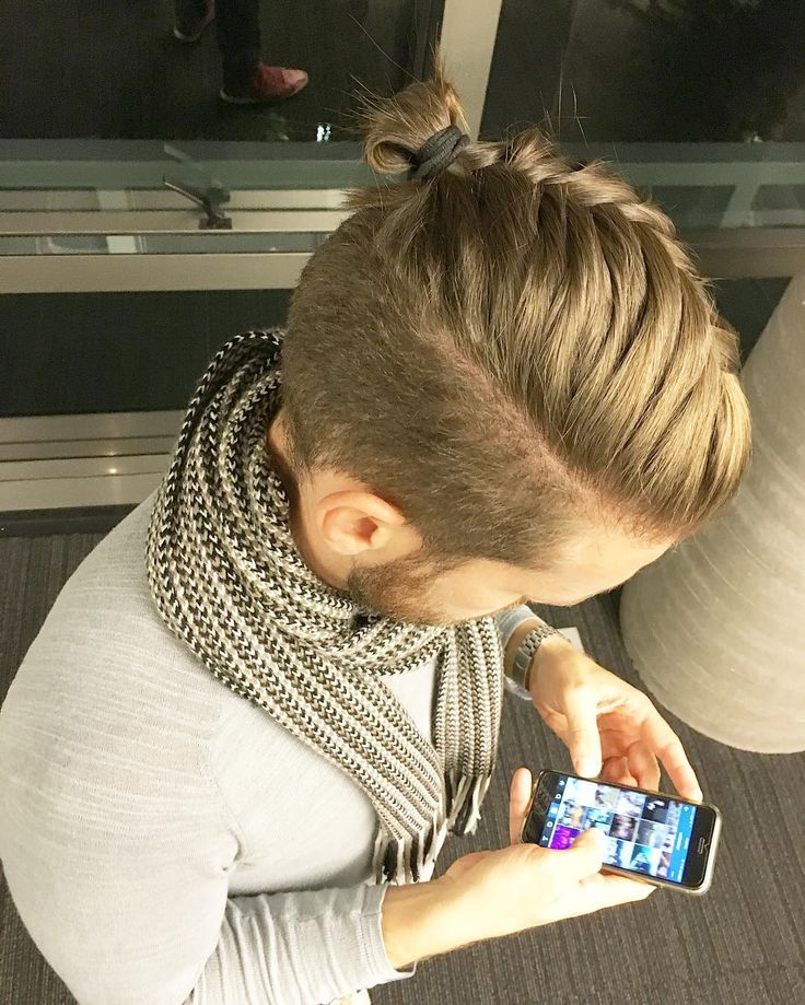 Best 25+ Top Knot Hairstyle Ideas On Pinterest