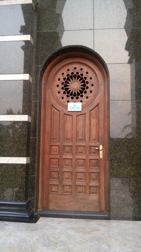 The door 2