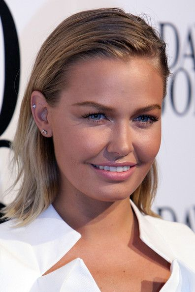 fresh - lara bingle ♛ www.pinterest.com/WhoLoves/Celebrities ♛ #Celebrities #larabingle