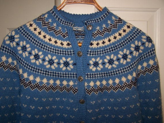 Women's Norwegian Knitted Wool Sweater with Pewter Buttons