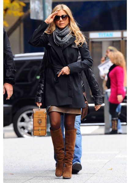 Jennifer Aniston Style Fashionable Wardrobe Pinterest Jennifer Aniston Fall Looks And Boots