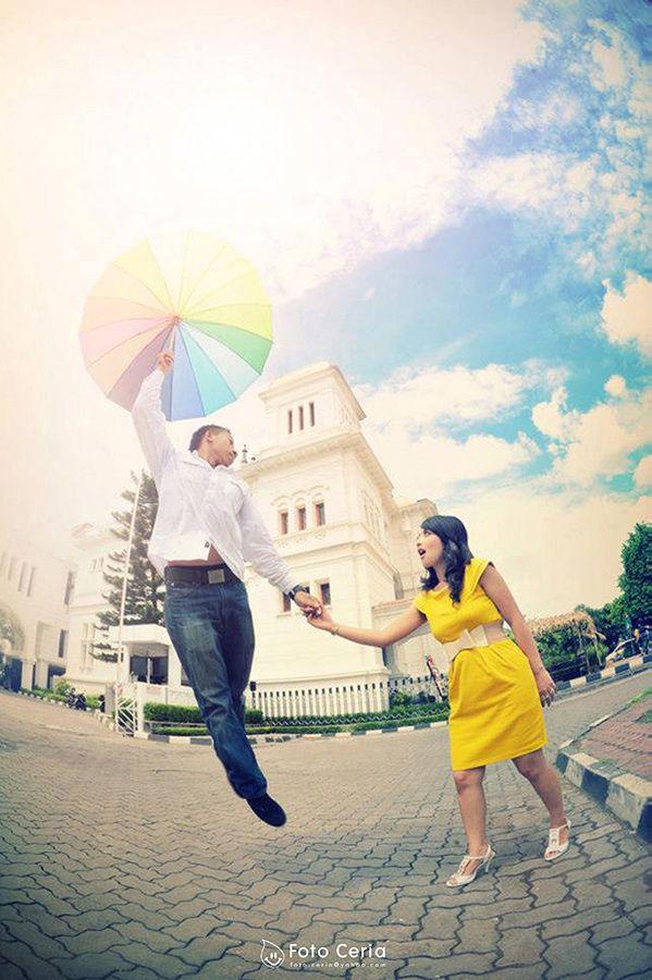 jangan terbang kekasihku :D  Phone & WhatsApp: 0857 0111 1819 . #FOLLOW Twitter, LINE, Instagram: @fotoceria . PIN BB: 7 d 1 1 8 b 8 a . YM & email: foto.ceria@yahoo.com . Facebook: Foto Ceria . Website: www.fotoceria.com  . follow #twitter #line #instagram #fotoceria #prewedding #couple #wedding #pernikahan #perkawinan #menikah #pengantin #fotografer #weddingphotographer #Yogyakarta #Jogja #love #happy #romantic #smile #ceria #cinta #terbang #malamminggu #engagement #CeriaLovers #SharePict