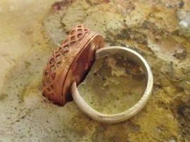 So I got a delicious package of copper, brass, and silver patterned wire from Cool Tools a few weeks ago, and I've been looking at it, swooning over it, and playing with it every chance I've had since then. I mentioned awhile back that it had launched me into a ring-making frenzy; it also prompted …