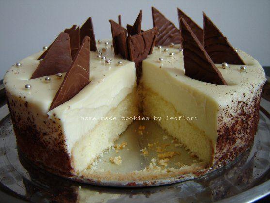 white chocolate whipped cream cake
