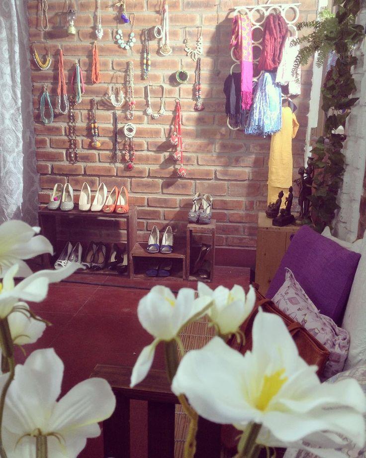"""#behindthescenes of #kalasthree shoot @tejukranthi #artwork #promo videos #ad #webads #work #jewellry #accessories #shoes #decor #art #flowers #scarfs…"""