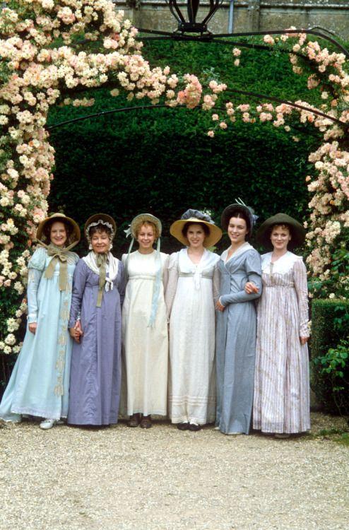 Lucy Robinson, Prunella Scales, Samantha Morton, Kate Beckinsale, Olivia Williams, and Samantha Bond in Emma (1996).