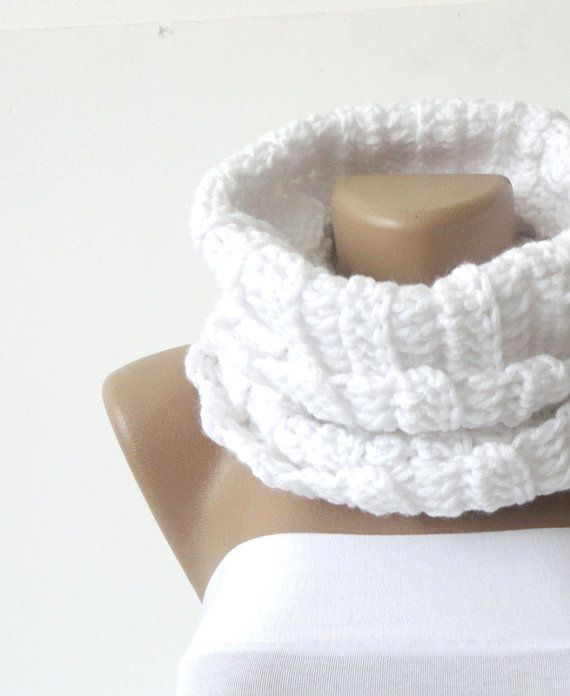 Knitted infinity Scarf. women Block Infinity Scarf. Loop Scarf, Circle Scarf, Neck Warmer. white Knitted Infinity scarf via Etsy