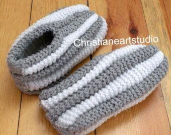 Free Crochet Phentex Slipper Pattern : 17 Best images about Pantoufles Phentex on Pinterest ...