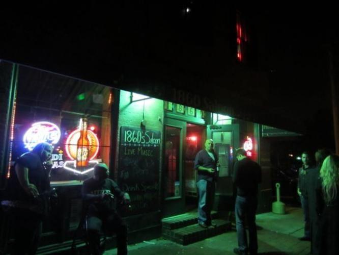 Soulard Bars and Clubs | 1860's Saloon and Hard Shell Café (1860 S. Ninth St.; 314-231-1860)