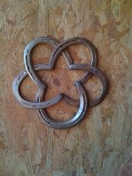 horseshoe star.  I so love this!