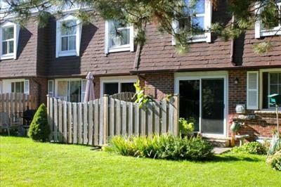 20-60 Goldbeck Lane - Apartments for Rent in Waterloo on http://www.rentseeker.ca - Managed by Balnar Management Ltd.