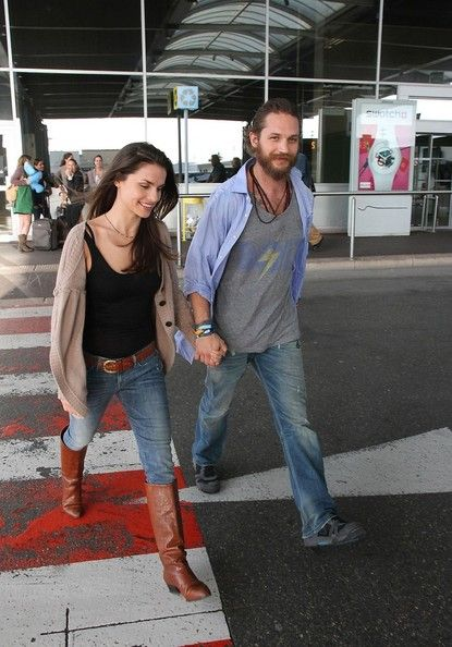 Tom Hardy Photo - Tom Hardy and Charlotte Riley Arrive at Cannes