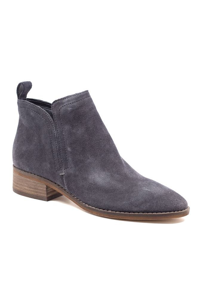 It's never too early to get your outfits for fall in order. The Tessey boot is going to look great with your favorite pair of skinny jeans and a chunky sweater. Is it Halloween yet??