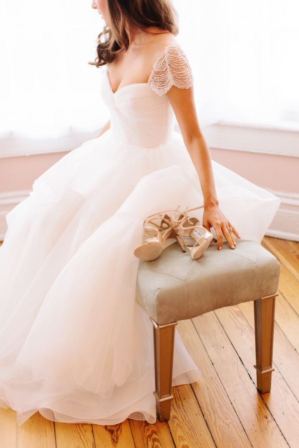 wedding dresses designer ellie saab monique lhuillier 2016