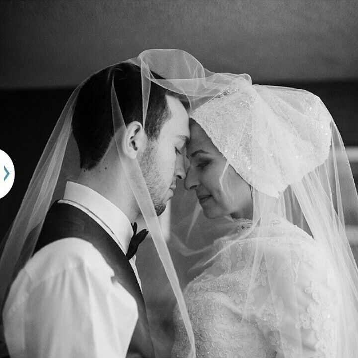 Deah and Yusor haven't seen this photo yet. The professional wedding photos were due this week. They have only been married for 6 weeks . Deah and Yusor may Allah swt reunite you in Janat Alfirdaws. #ChapelHillShooting