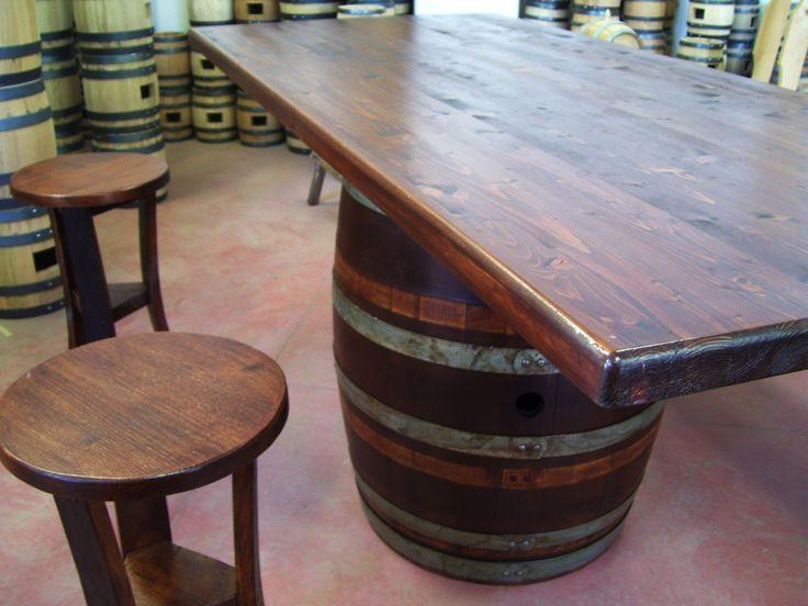 1263 - #Tavolo da #birreria e #osteria da 2 metri con #panca a corredo o #sgabelli treppiede e a #botte. Tel.0547 310171