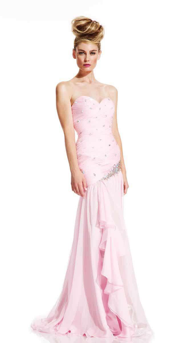 16 best Evening Gowns images on Pinterest   Party wear dresses ...