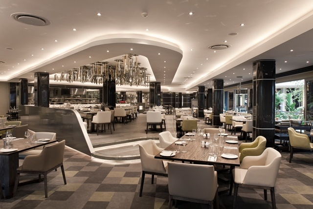Lacuna Bistro and Bar: Is a modern-feeling Bistro which offers a large menu that will satisfy all palettes.