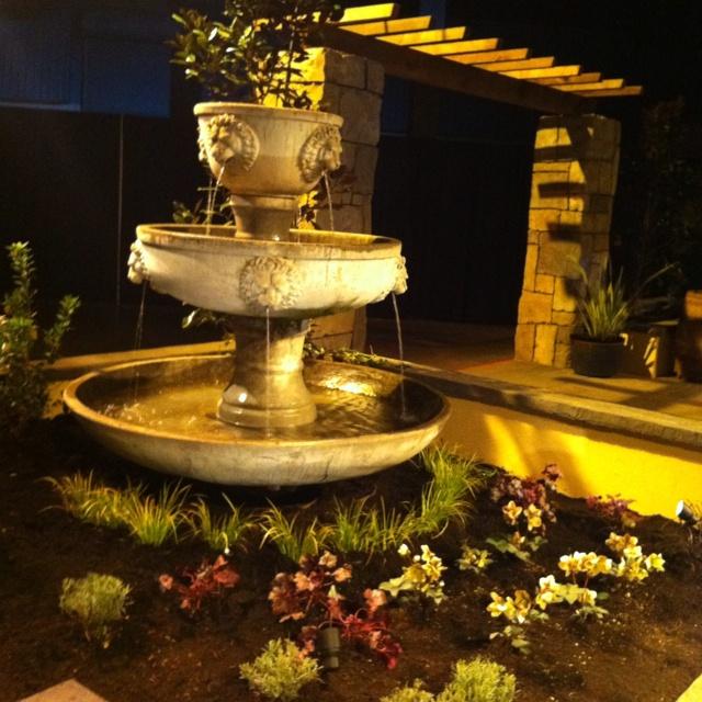 Fountain at all natural landscapes gardenguru portland for Garden fountains portland oregon