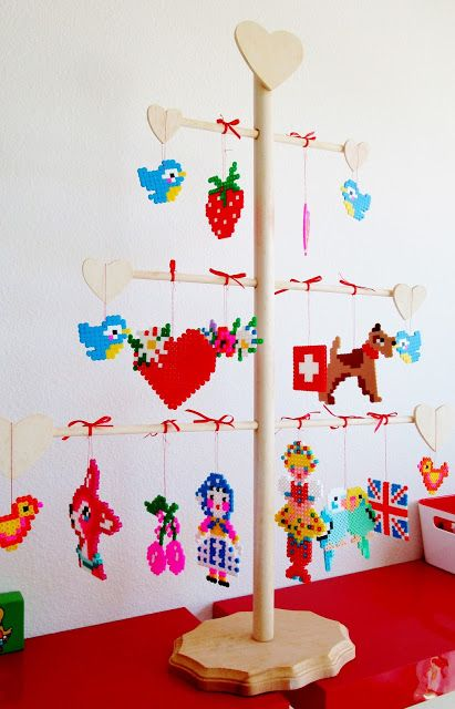 gracefulfig: Alice Apple's Wonderful Designs; Perler