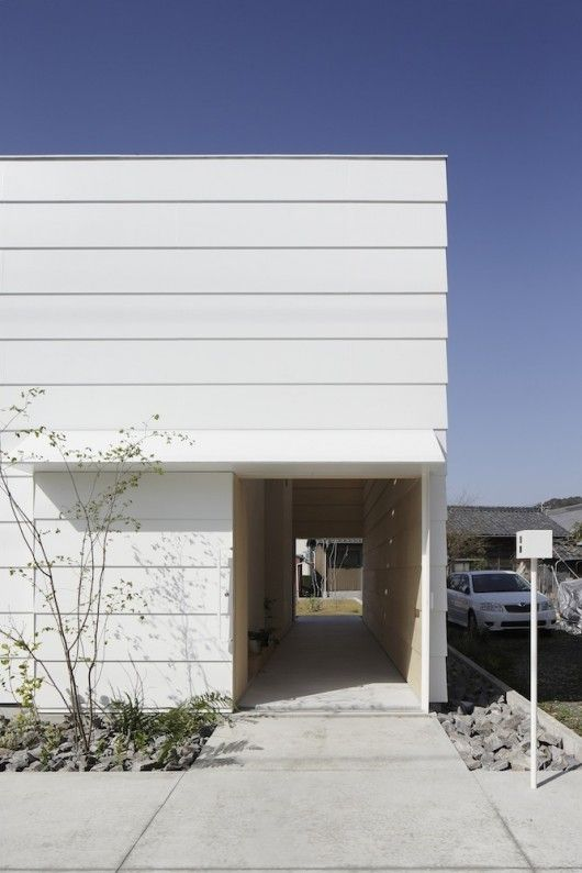 Light Walls House / mA-style Architects | ArchDaily