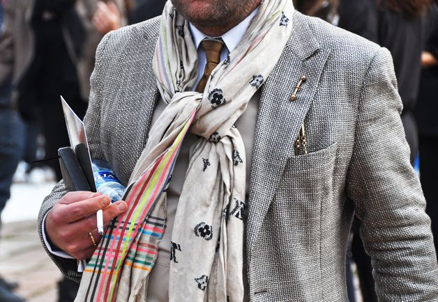 Textured combos work SO so well in the neutral pallette.  More men in my age group should where scarves like this. ~w