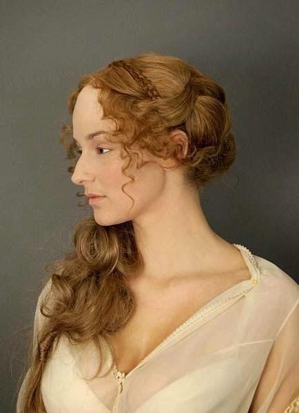 reneszánsz  hajviselet sminktapasszal a homlokon - Google keresés