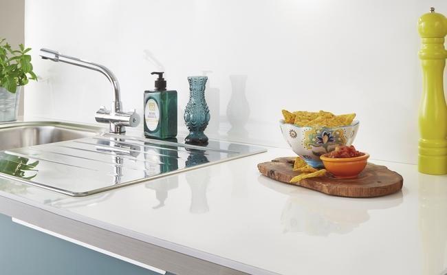 White Glass Effect Kitchen Worktop