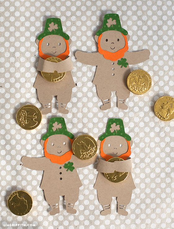 Combine gold with chocolate and what little guy wouldn't want to hold it tight? Click in for Lia Griffith's St. Patrick's Day crafts for kids and download the leprechaun candy hugger printable.