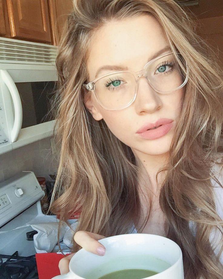 Latest Eyewear Trends 2020 Most Popular Fashion Frames Glasses Trends Eyewear Trends Clear