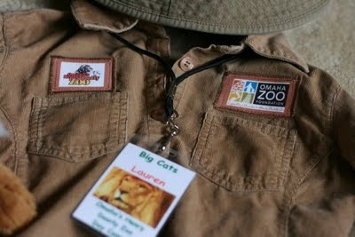 The 25 Best Zoo Keeper Ideas On Pinterest Zoo Keeper