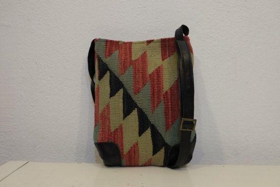 Unisex Shoulder Bag100%wool & leatherHANDWOVEN Vintage by kilimci