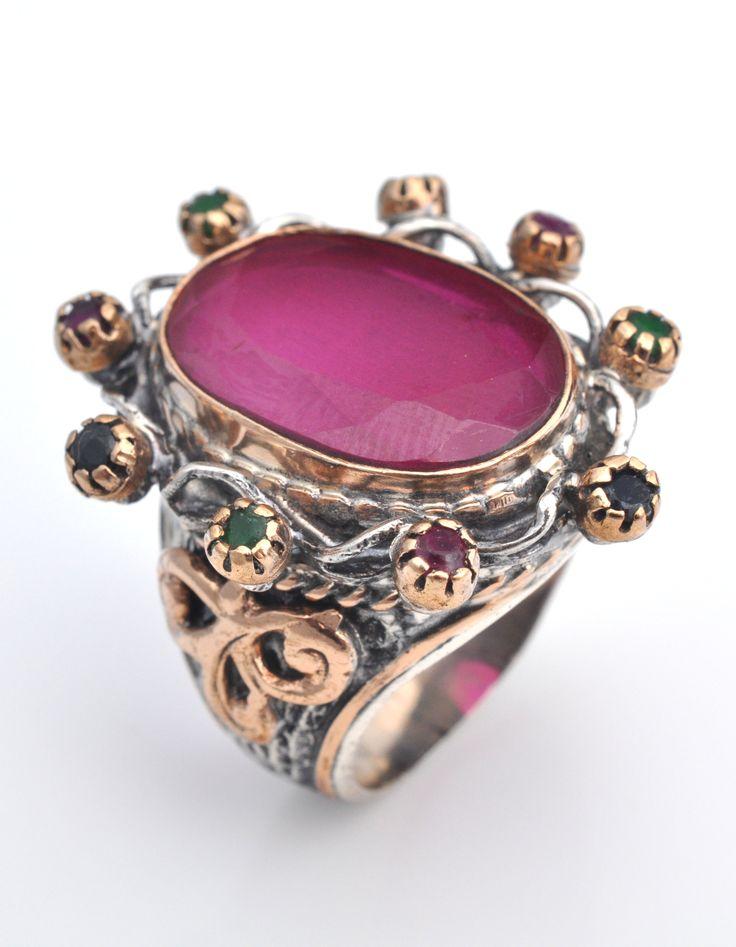 Inel Argint oriental rubin http://www.sultanabijoux.com/urundetay.php?urunID=17&grupID=4&inel-argint-oriental-rubin
