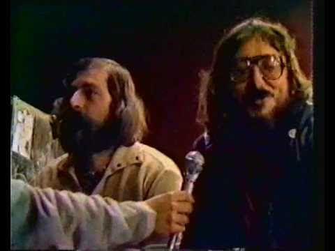 "I Nomadi e Francesco Guccini - Intervista + ""L'atomica cinese"" live 1979"