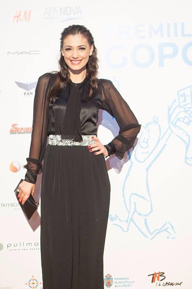Gopo Awards 2015 Jumpsuit: @rhea costa Shoes: @mihaelaglavan   MUA: @ayfercadir  Hair stylist: @negrisangeorge  Clutch: @snob. My amazing ring: @ioanaenachearh  #actress #premiilegopo #redcarpet #gopo #gopo2015
