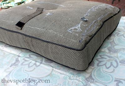No sew project how to recover your outdoor cushions using for Outdoor furniture cushion cover material