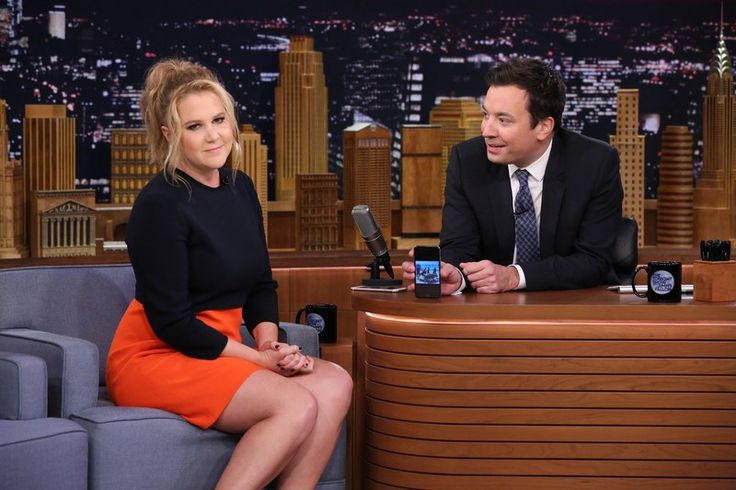 Amy Schumer and Jimmy Fallon Play the Most Dangerous Game: Exploring Each Other's iPhone Photos