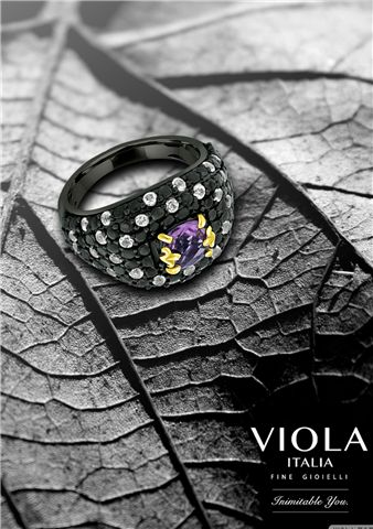 Don't dismiss black as the colour of melancholy. The colour black is mystifying and powerful. Nothing looks more spectacular than a spellbinding black..#History #Citrine #Pendant #Royal #DeepYellow #Gemstone #ColorSpurlge #ColorSplash #Luxurious #Nature #Photography #Flowers #Fashion #Jewellery #Fashionista #Style #ViolaItalia