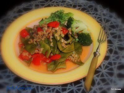 Moje Małe Czarowanie: Kasza pęczak z warzywami