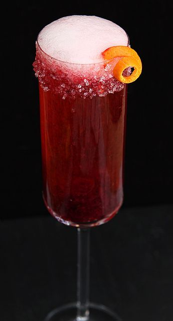 Cranberry and Grand Marnier Champagne Cocktail   Holiday or New Year Eve drink