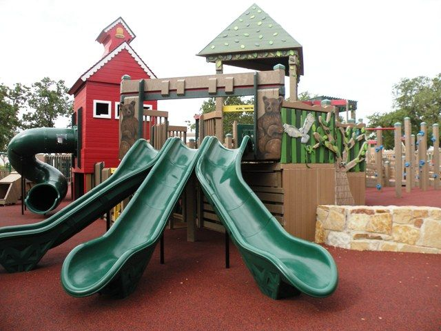 Playgrounds and Picnics: Fort Wildflower in Flower Mound, Texas