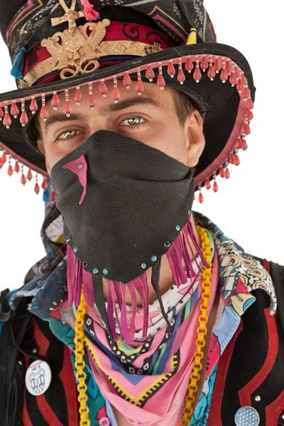 Google Image Result for http://inmenlo.com/wp-content/uploads/2011/10/burning-man-bandit.jpg