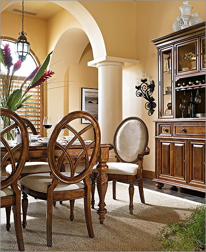 Christopher Lowell Living Rooms   Cinnamon Bay Furniture By Felipe